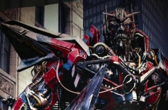 Michael Bay confirma que «Transformers 4» no será un reboot
