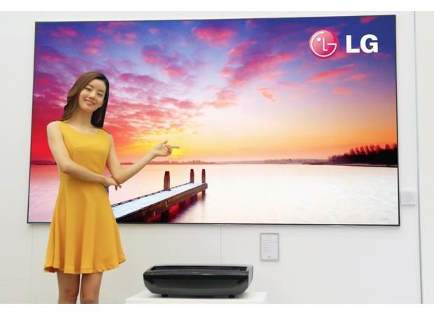 CES 2013: LG lanza una verdadera experiencia cinematográfica con Láser TV de 100 pulgadas