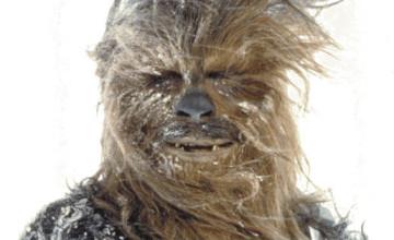 Peter Mayhew volverá a interpretar a Chewbacca en 'Star Wars: Episodio VII'