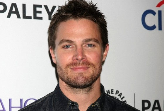 Stephen Amell dará vida a Casey Jones en 'Teenage Mutant Ninja Turtles 2'